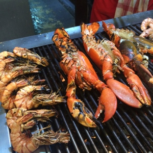 Barbecued local seafood in Fishermans' Village